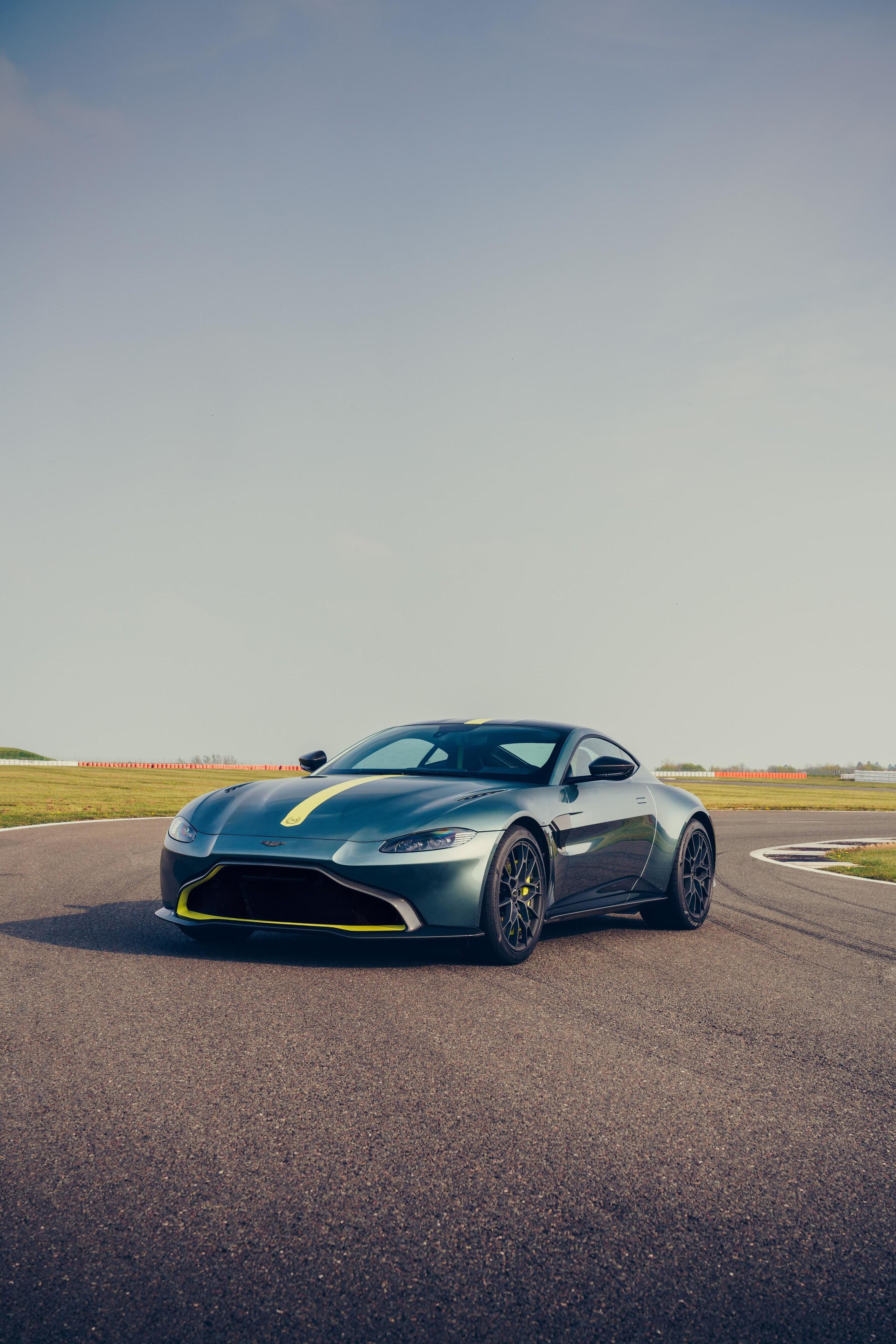 Foto de Aston Martin Vantage AMR (6/14)