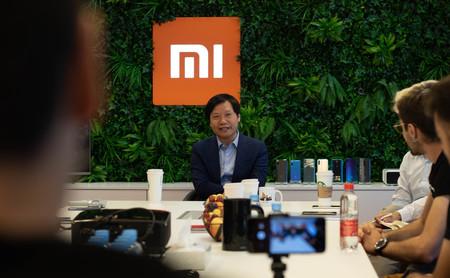 """Xiaomi promete que el 5% de beneficio por cada móvil vendido es una estrategia """"para siempre"""": la clave está en el volumen"""