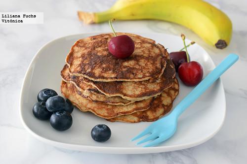 Cómo hacer tortitas de plátano con dos ingredientes. Receta saludable