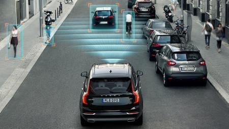 ¿Sabes cómo funcionan los sistemas de seguridad de tu coche? Muchos conductores no tienen ni idea