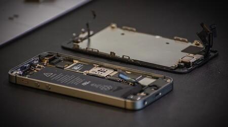 La Unión Europea aprueba el 'derecho a reparar' e introducirá una puntuación en todos los productos electrónicos