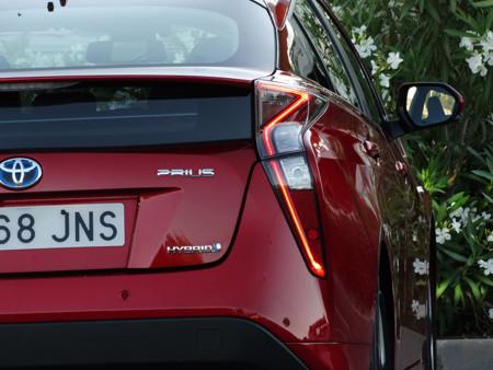 Toyota Prius 2016, pilotos traseros