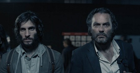 Imagen de los actores Quim Gutiérrez y José Coronado en