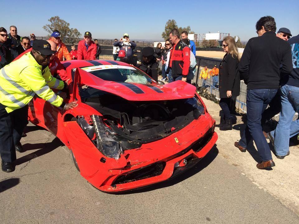 Foto de Dolorpasión™: Choca Ferrari 458 Speciale en Sudáfrica (2/3)