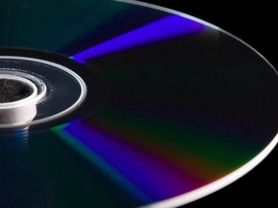 No tires ese viejo disco Blu-ray: los paneles solares mejoran su eficiencia con él