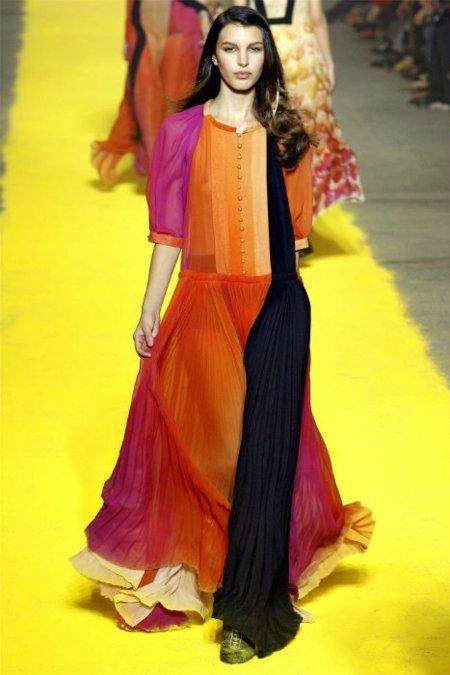 Tendencias Primavera-Verano 2012: vístete de subrayador con los colores flúor