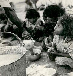 UNICEF indica que en la India, la tasa de desnutrición infantil es superior a la del continente africano