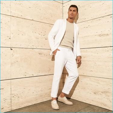 Cristiano Ronaldo vuelve a hacer de modelo para la campaña de su firma de calzado: por primera vez no nos parecen tan mal sus diseños