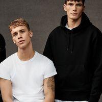 TOPMAN retoma los años noventa, el blanco y negro y los jeans para su colección de primavera