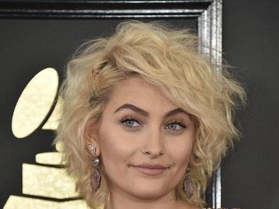 Paris Jackson aprovecha los Grammy 2017 para reafirmar su título de it girl con este look