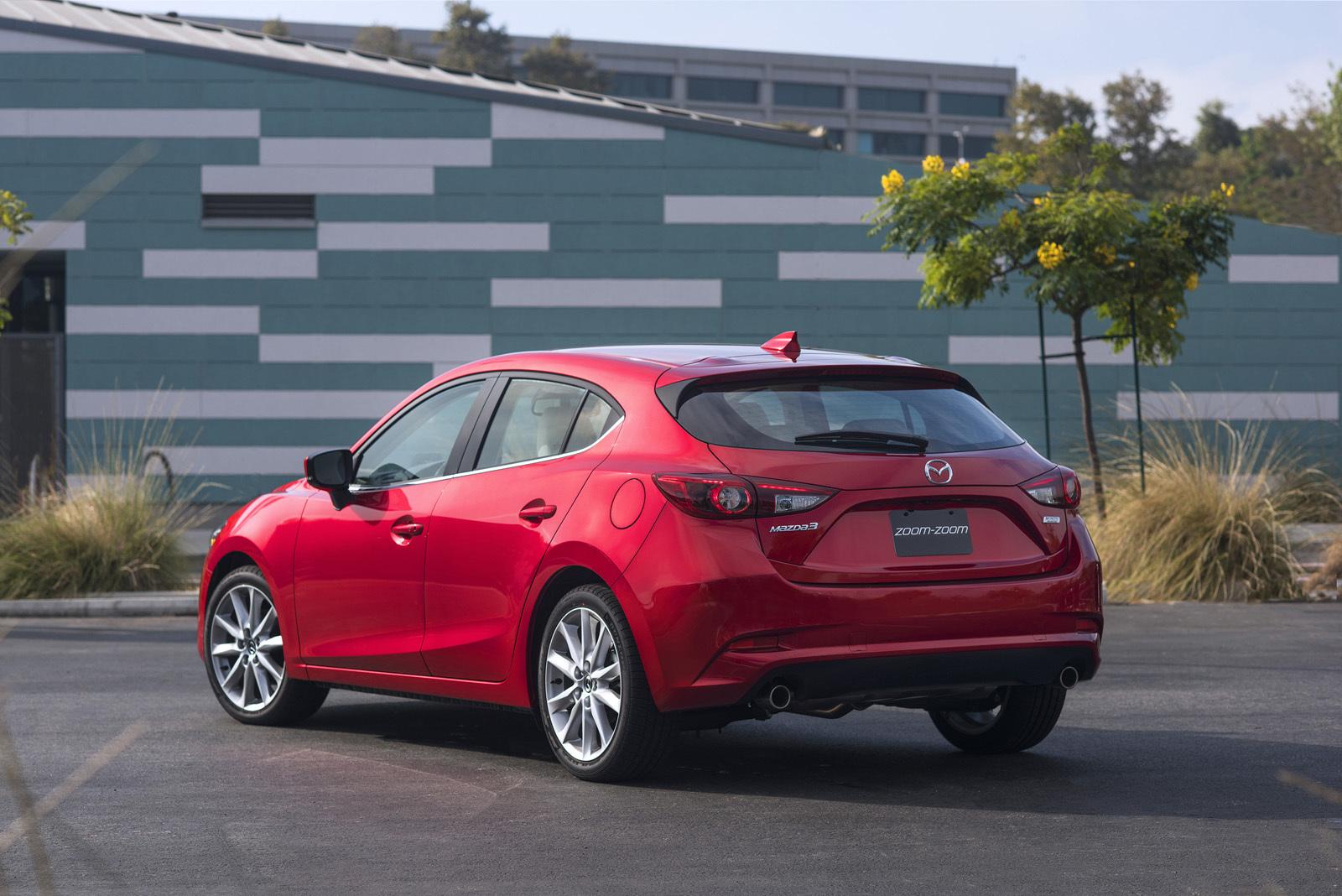 Foto de Mazda3 2017 (9/31)