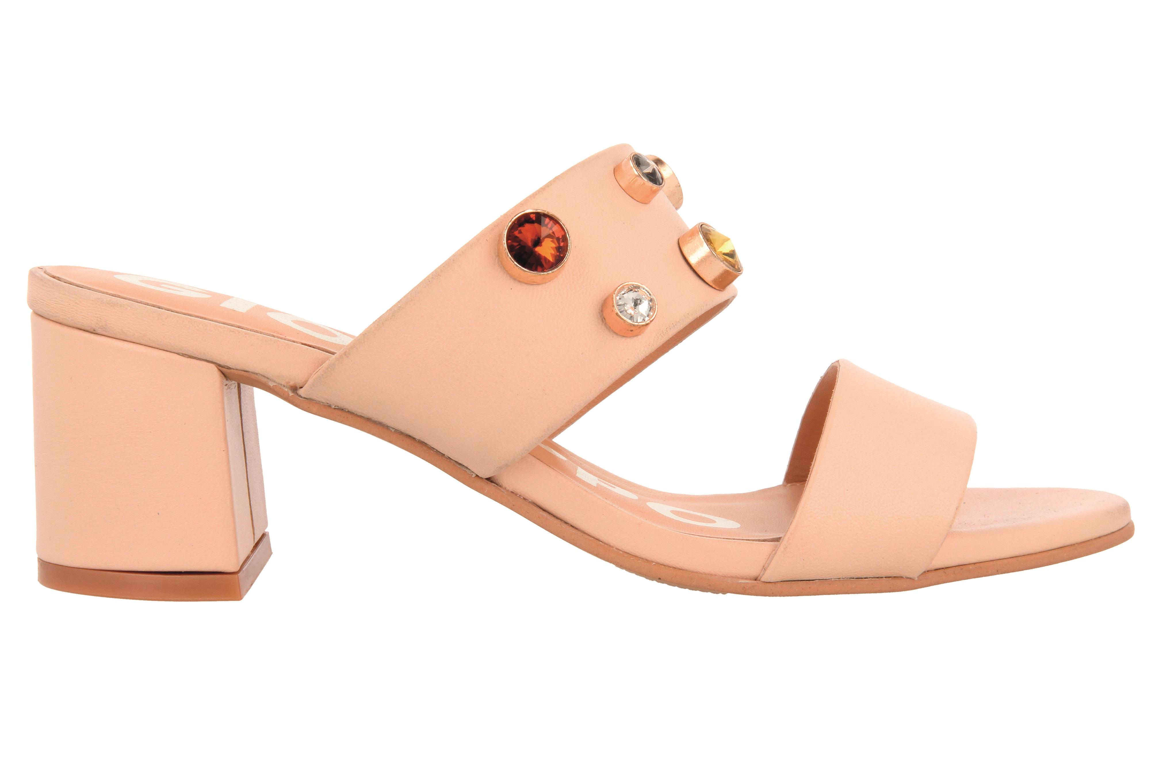 Sandalias de tacón ancho en rosa o negro