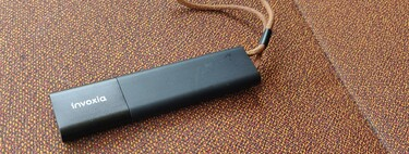 Probamos Invoxia GPS Tracker: un localizador sencillo, discreto y sin tarjeta SIM para tener controlado el coche por 99 euros
