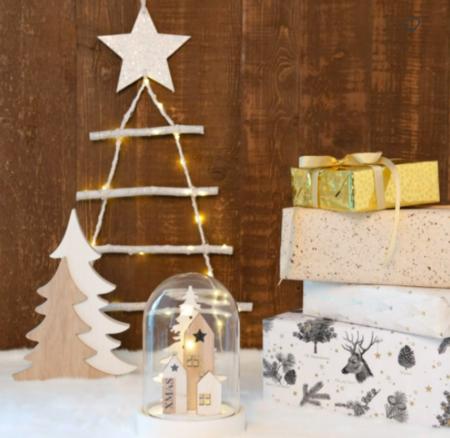 Campana De Navidad Con Decoracion Luminosa