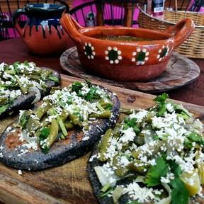 Cómo hacer tlacoyos. Receta de Tlaxcala de la cocina tradicional mexicana