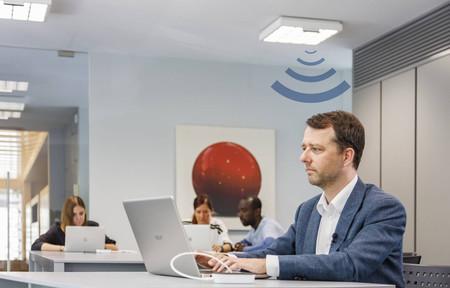 Philips sigue interesada en las comunicaciones por luz visible o LiFi y su última propuesta alcanza los 250 Mbps