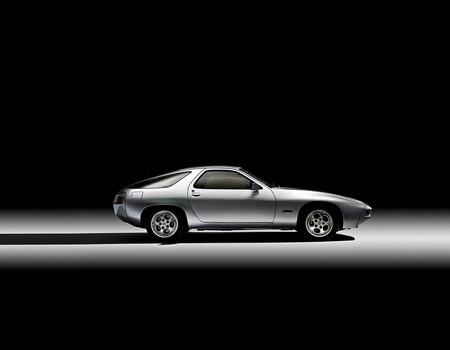 De cómo Porsche desarrolló su suspensión más avanzada, el eje Weissach, con un Opel Admiral y de forma analógica