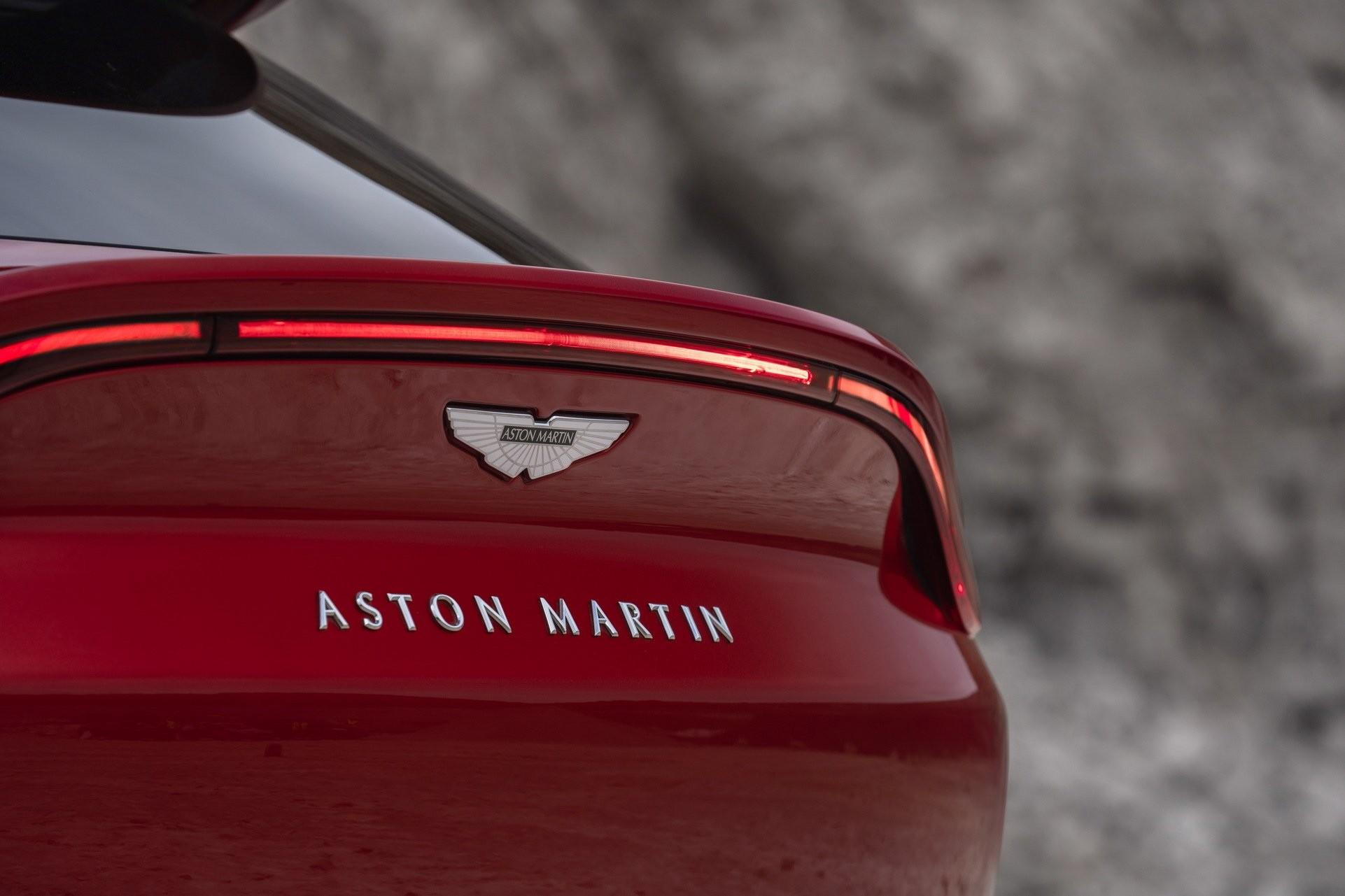 Foto de Aston Martin DBX (9/36)