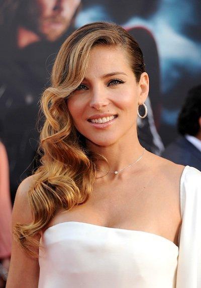 Elsa Pataky se decanta por el blanco para el estreno de Thor en Los Angeles