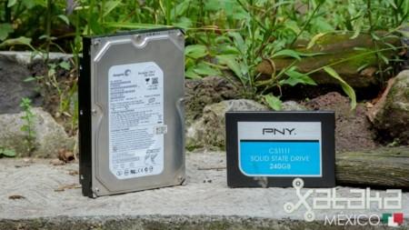 Nadie usa SSDs para almacenamiento masivo, según el CEO de Seagate