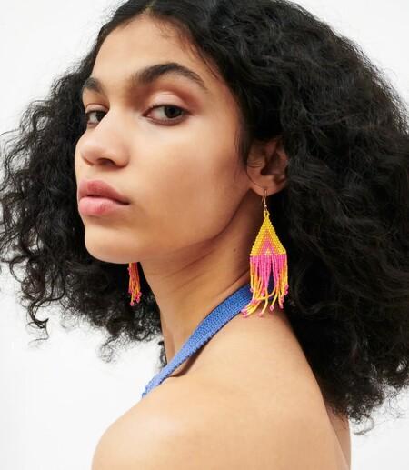 Si te gustan los pendientes de abalorios de Zara, pero no quieres ir como todas las demás, apunta estos originales diseños a buen precio