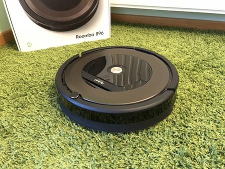 Robot aspirador Roomba 896 WiFi con 200 euros de descuento y envío gratis en la Semana de Internet de El Corte Inglés