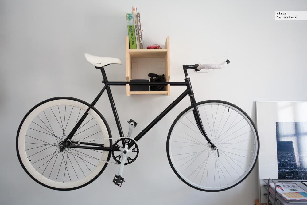 Foto de Una estantería para colgar la bici (6/7)