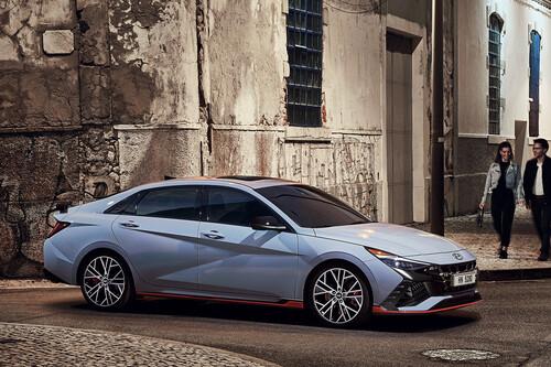 El Hyundai Elantra N es el sedán compacto más rápido, con 276 hp y espíritu racing