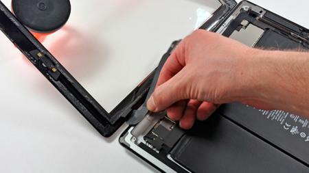 El nuevo iPad al desnudo gracias a iFixit: no os sorprendáis si tarda mucho más en cargar