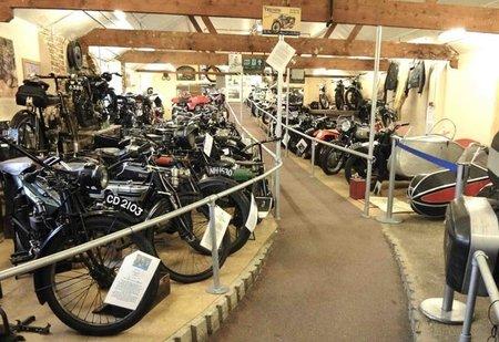 London Motorcycle Museum y parte de la historia de Triumph
