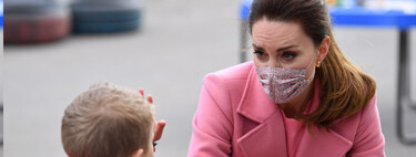 Kate Middleton reaparece con un  estupendo look en rosa al que sacar mucho partido esta primavera
