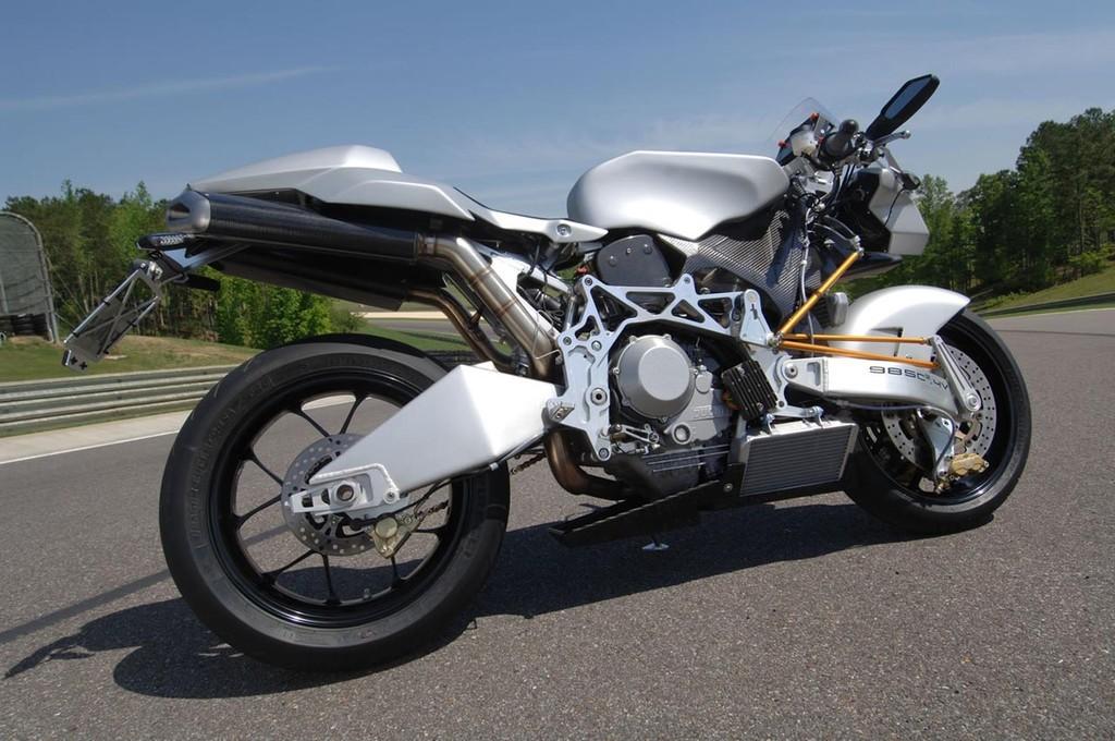 Foto de Vyrus 987 C3 4V, la moto más ligera del mundo en su categoría (5/5)