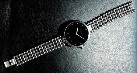 Omate presenta un smartwatch para mujeres con un diseño envidiable