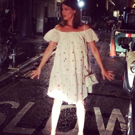 Duelo de estilos: el vestido de Vika Gazinskaya para & Other Stories favorito entre las bloggers
