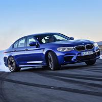 Más de tres décadas condensadas en 4 minutos: así ha crecido el BMW M5 hasta tener 600 CV