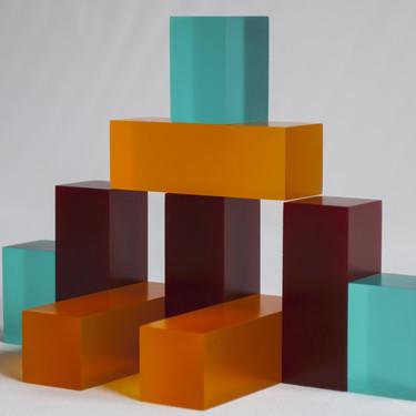 Los POLYBLOCKS son el último proyecto del estudio sevillano Antoñito y Manolín con los que ser parte, del proceso constructivo