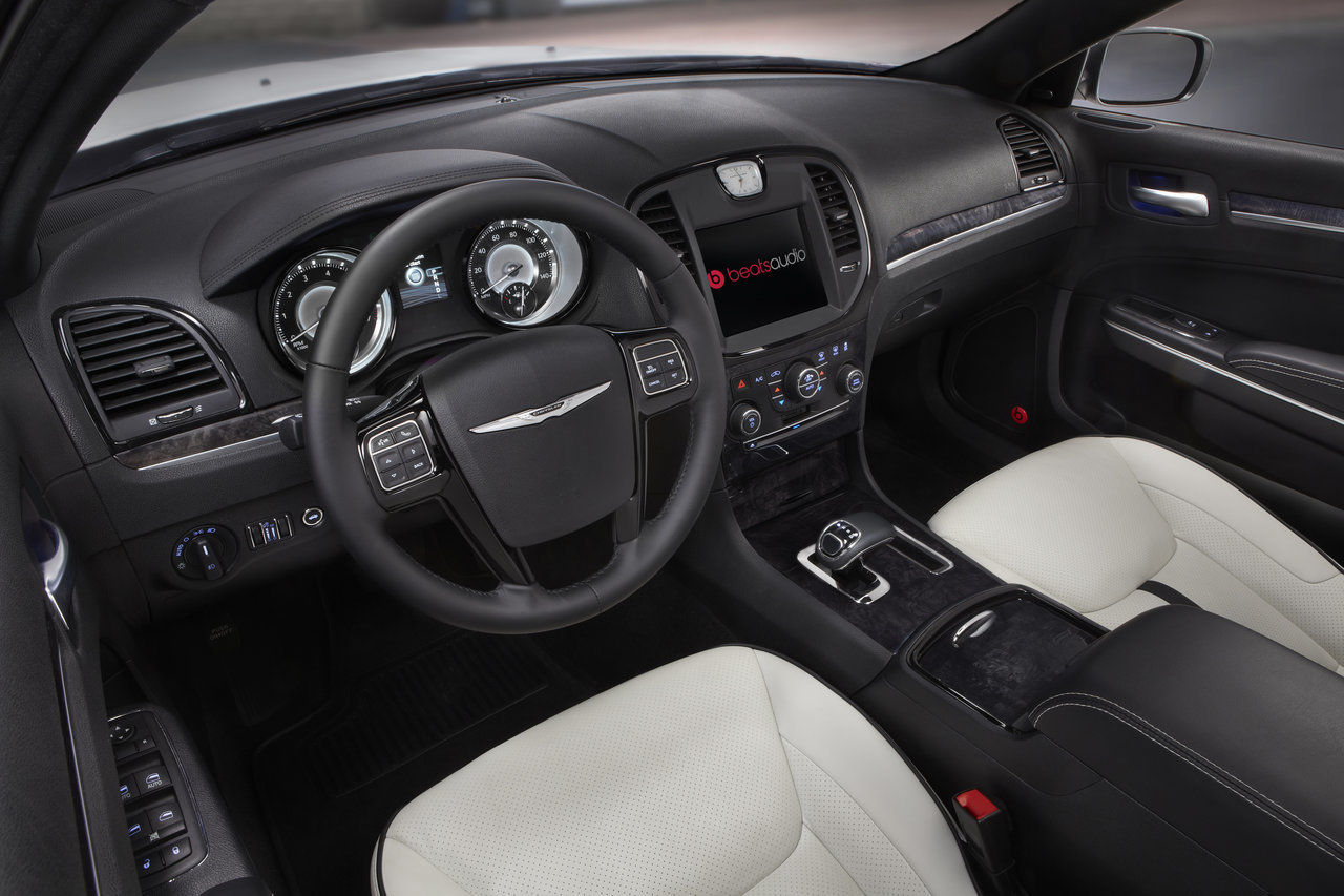 Foto de Chrysler 300C Motown Edition (16/21)