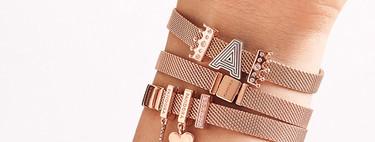 Pandora se apunta a la tendencia de las joyas personalizadas con iniciales monísimas