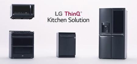 ThinQ, así visualiza LG la cocina del futuro: un refrigerador que vigila los alimentos y Alexa guiándonos por las recetas