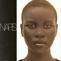 Foto 7 de 20 de la galería alek-wek-de-refugiada-sudanesa-a-supermodelo en Trendencias