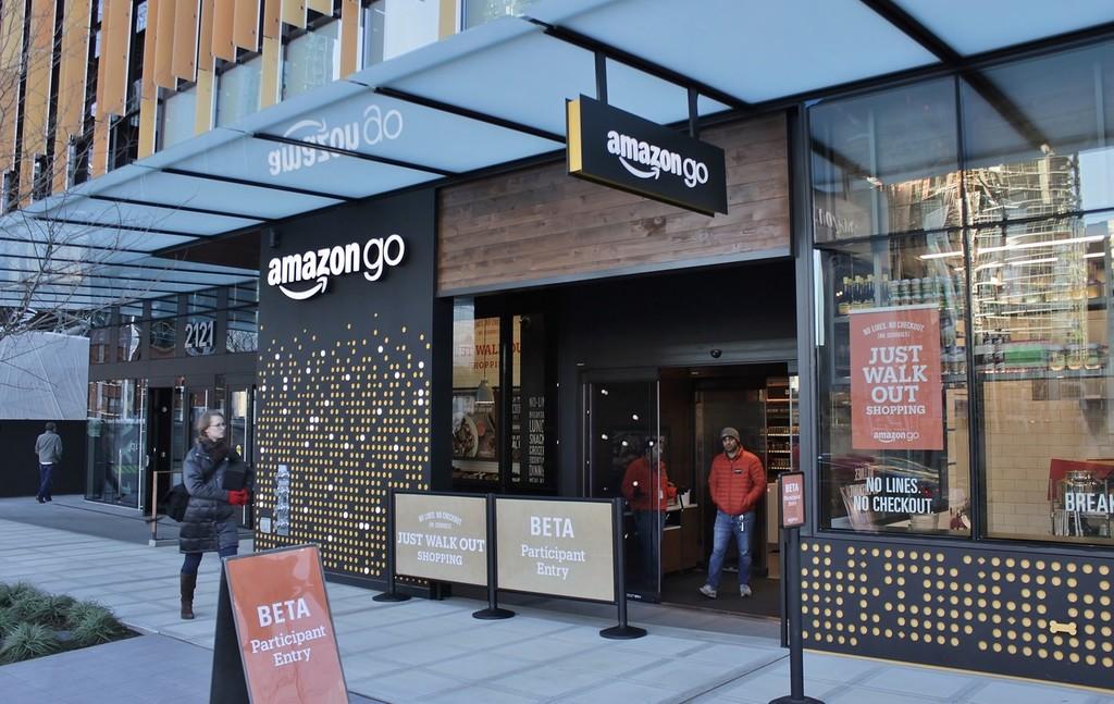 """Las tiendas de Amazon Go carente cajas tendrán que implementar cajas y ingresar pagos en efectivo para no ser """"discriminatorias"""""""