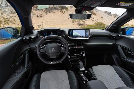 De la antropología biológica al diseño de interiores de coches: así cumple una década el i-Cockpit de Peugeot