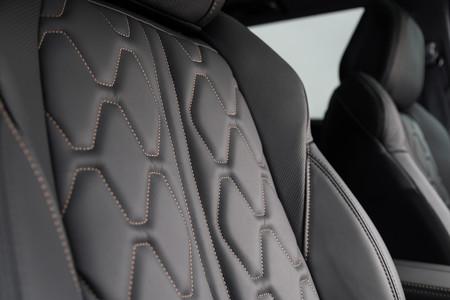 Peugeot 5008 masajes