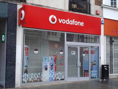 Vodafone es incapaz de parar el desplome en ingresos y en clientes