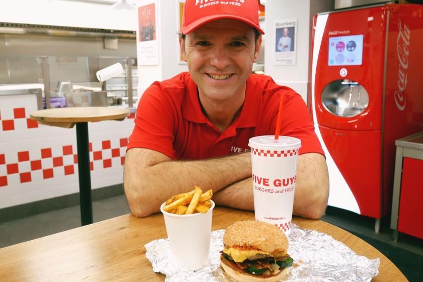 La fórmula reaccionaria que ha llevado a Five Guys a ser la hamburguesería de moda