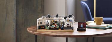 El nuevo set Seinfeld de LEGO rinde homenaje a la icónica comedia creada por Jerry Seinfeld y Larry David