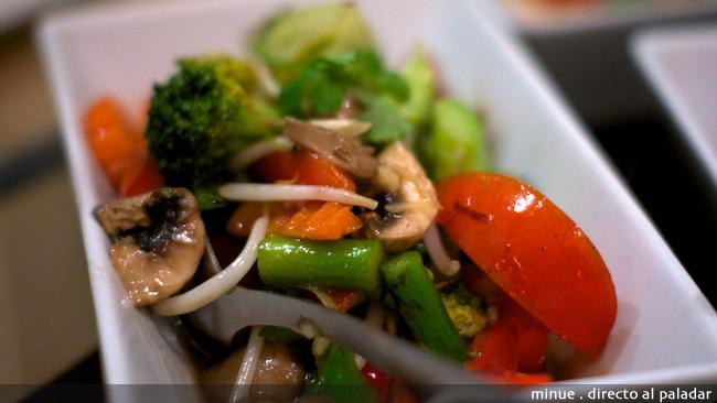 Bangkok café - verduras al wok