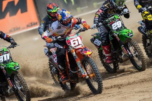 Jorge Prado y Tim Gajser ganan en Lommel y casi saborean los títulos de MX2 y MXGP