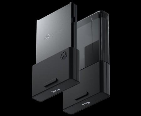 ¿Poco espacio en el SSD de la Xbox Series X? Microsoft ya tiene listas las tarjetas de expansión de hasta 1 TB de capacidad
