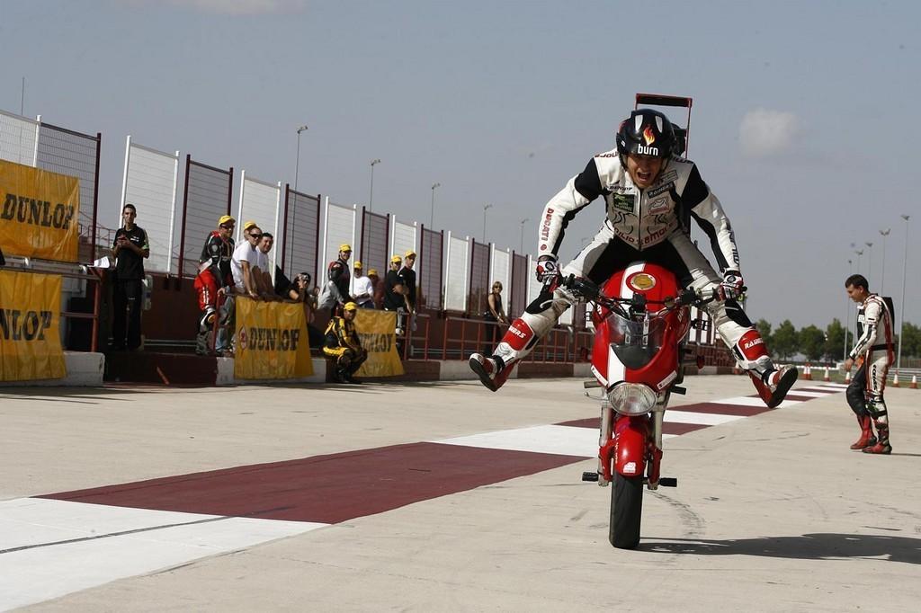 """Foto de """"Quiero ser piloto"""" y Moto 22 (1/36)"""